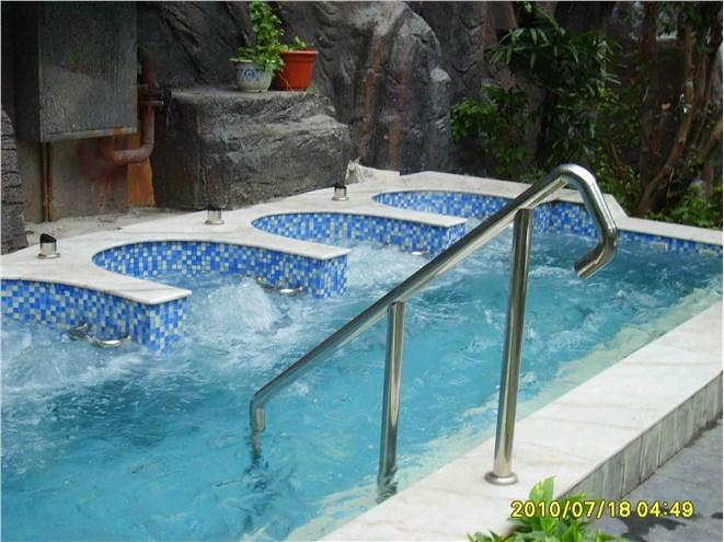 水力漂浮浴